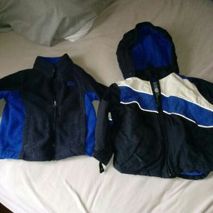 18 mos coat for Sale in OH, US