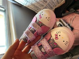 Hello kitty toddler shoes for Sale in Bloomington, CA