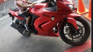 2010 Kawasaki for Sale in Santa Ana, CA