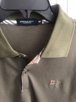 Men's medium Burberry London polo for Sale in Washington, DC