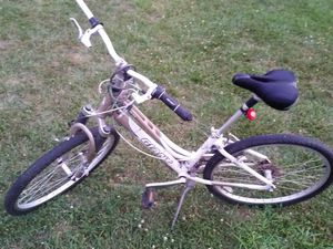 Giant Sedona DX Bycycle for Sale in Columbus, OH