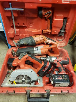 Older milwaukee cordless set for Sale in Loves Park, IL