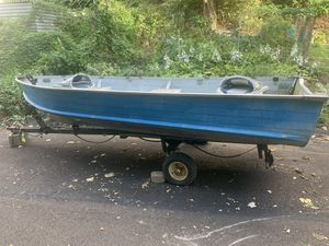 14 foot aluminum boat and trailer. I do NOT have titles for them. for Sale in Pittsburgh, PA