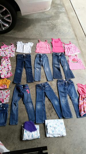 Lot of girl clothes size 5/6 for Sale in Covington, KY