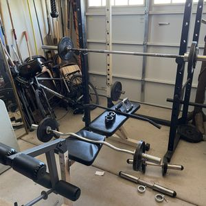 Work Out Eqp, Squat Rack for Sale in Rio Verde, AZ