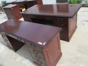 used OFFICE DESKS FOR SALE!!!!... for Sale in Houston, TX