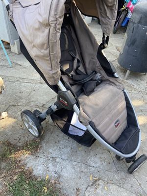Careola britax for Sale in Los Angeles, CA