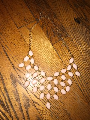 FASHION NECKLACE LIGHT PINK CHARMS WITH GOLD COLOR CHAIN for Sale in Chicago, IL
