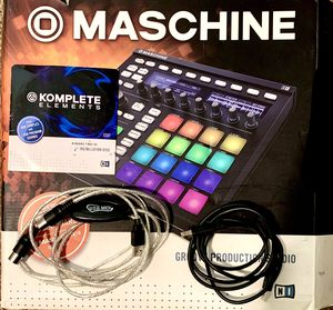 Maschine MKII groove production studio W/cables & software for Sale in Nipomo, CA