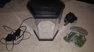 1.5 Gallon Topfin Fish Tank Set Up w/LED lights for Sale in Raleigh, NC
