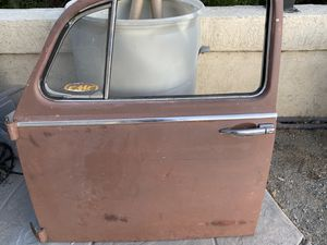 1965-1966 vw bug doors complete with glass , door handles, latches for Sale in Chula Vista, CA