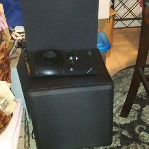 TODAY ONLY NICE SUBWOOFER ONE ON TOP ONLY 10DOL FINAL...LOOK MY POST GREAT DEALS for Sale in Jupiter, FL
