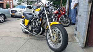 1993 vmax 10/10 condition for Sale in Brooklyn, NY