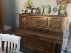 Antique piano for Sale in Alexandria, VA