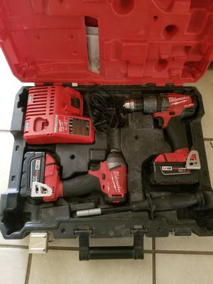Milwaukee m18 hammer drill and driver set for Sale in Austin, TX