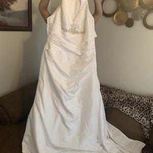 Size 18 Wedding Dress for Sale in Chandler, AZ