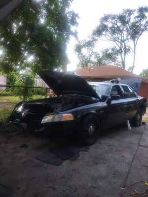 08 crown vic ex police car for Sale in Highland Park, MI