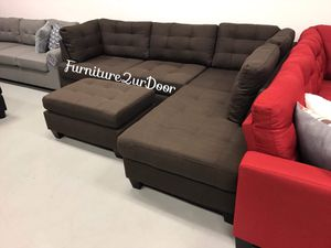 New Black Coffee Fabric Reversible Sofa Sectional Couch & Ottoman for Sale in San Bernardino, CA