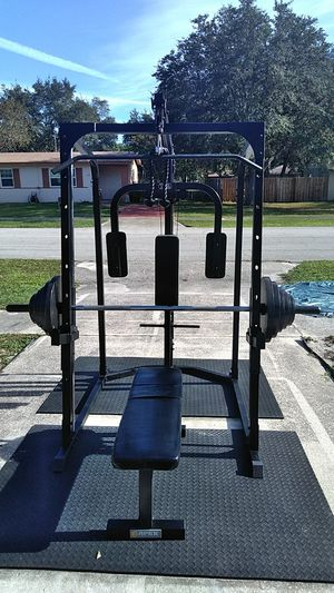 Smith machine squat rack home gym with your choice of Weights and bench starting at $650 or $500 no Weights or bench need to sell for Sale in Deltona, FL