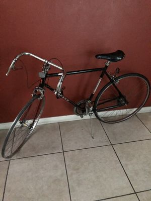 Bike 12 speed everything works perfect (missing front tire) for Sale in Las Vegas, NV