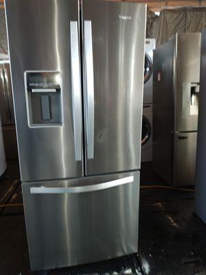 "Whirlpool stainless steel french doors refrigerator 30"" wide for Sale in Homestead, FL"