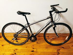 CANNONDALE Quick 4 Bike MEDIUM for Sale in UPR MAKEFIELD, PA