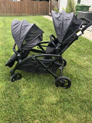 Contour elite double stroller for Sale in Cherry Hill, NJ