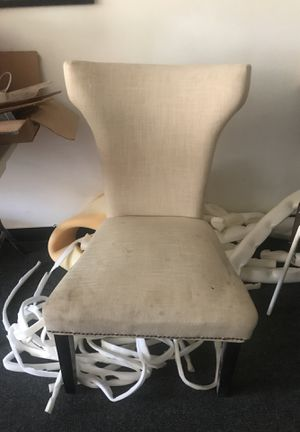 Chair for FREE - must pick up for Sale in Los Angeles, CA