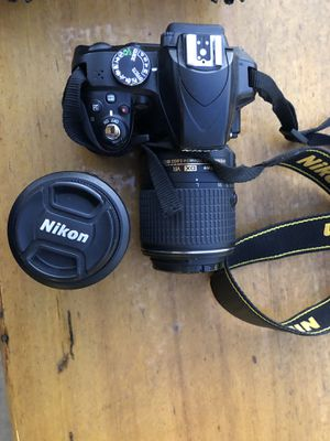 Nikon D3300 DSLR with 2 lenses for Sale in Cardiff, CA