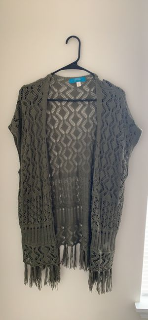 Green knit cardigan from Francesca's for Sale in Bolingbrook, IL