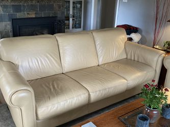 Leather sofa, chair and ottoman set for Sale in Portland,  OR