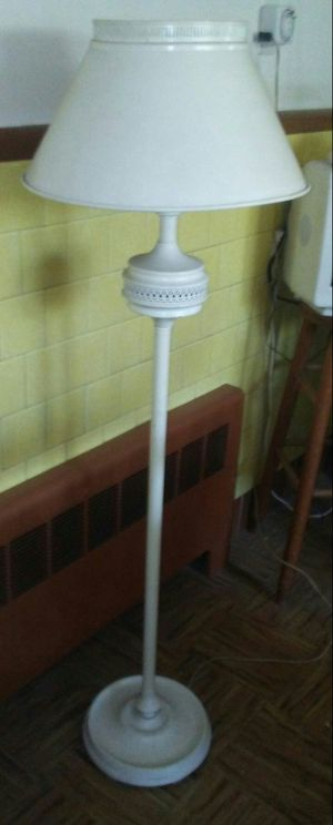 Antique Floor Lamp for Sale in Revere, MA