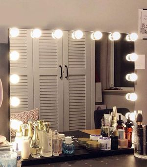 Large Vanity Makeup Mirror with Lights & 15 pcs Dimmable LED Bulbs Dressing Room, Tabletop or Wall Mounted Detachable 10X Magnification Spot Mirror for Sale in Queens, NY