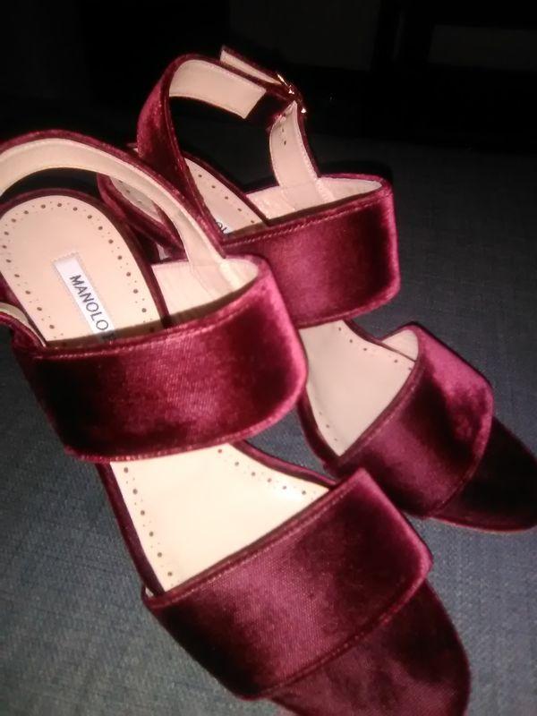 Velvet Manolo Blahnik heels SIZE 8