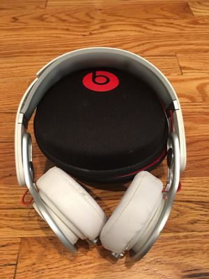 Beats By Dre Headphones for Sale in St. Louis, MO