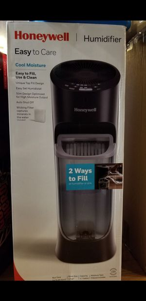 Honeywell humidifier New/unopened for Sale in Beltsville, MD