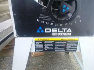 Delta 10 in. Industrial table saw with stand for Sale in Portland, OR