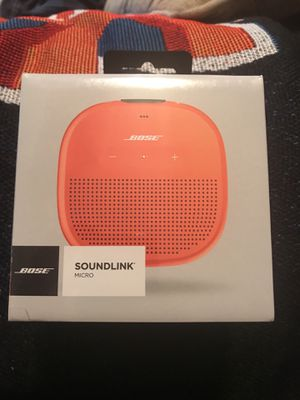 Bose soundlink waterproof, multiple pairing compatibility, Bluetooth speaker for Sale in Raleigh, NC