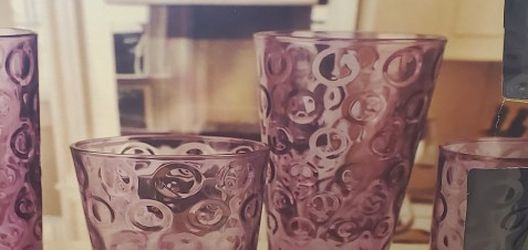 •32 In Total Plum Colored Thick Glass for Sale in Tacoma,  WA