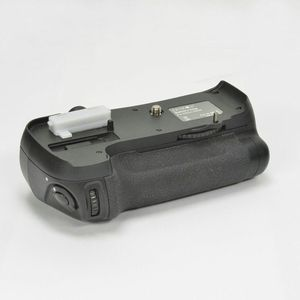 Zeikos ZE-NBGD600 Battery Power Grip for Nikon D600, D610 (Black) for Sale for sale  Queens, NY