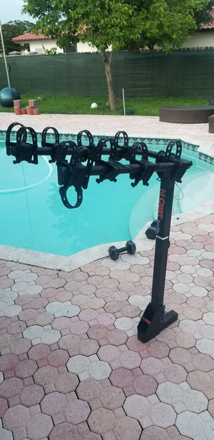 Bike rack heavy duty for 4 bike and excellent conditions for Sale in Miami, FL