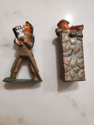 2 metal toy soldiers for Sale in Silver Spring, MD