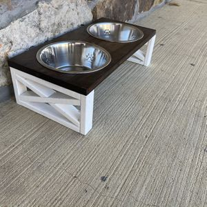 Medium Sized Dog Bowl Stands for Sale in Mountain Home, AR