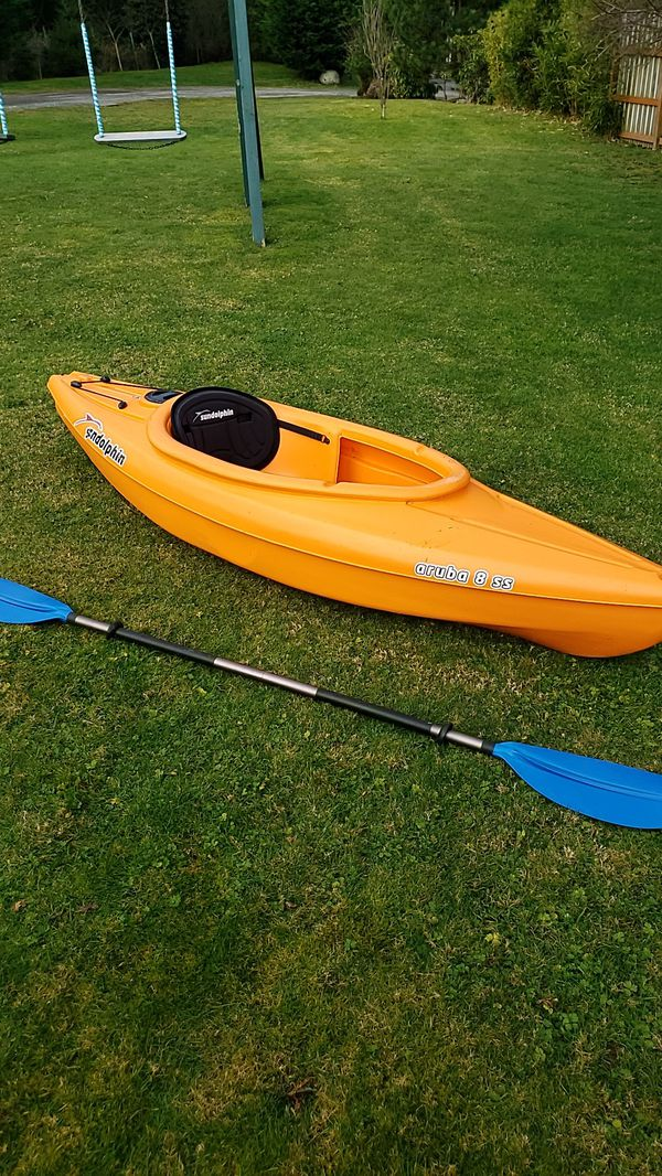 Like new kayak and Oar