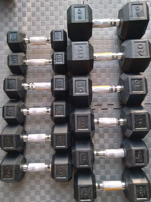 Dumbbells in order!10lb 15lb 20lb 25lb 30lb 40lb for Sale in Portland, OR