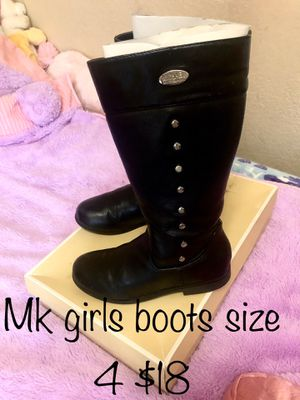 Mk girls boots size 4 for Sale in Turlock, CA
