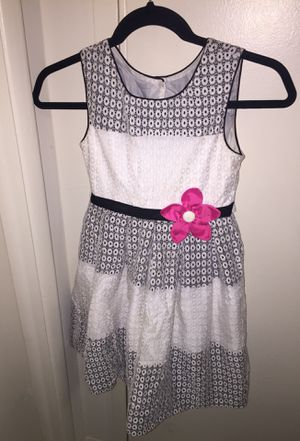 Little girl dress (size 8) for Sale in Silver Spring, MD
