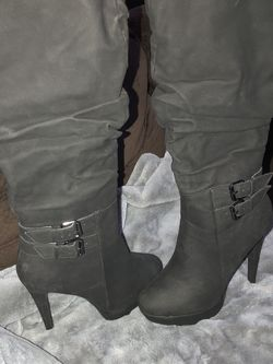 High heel boots Size 8 for Sale in Las Vegas,  NV