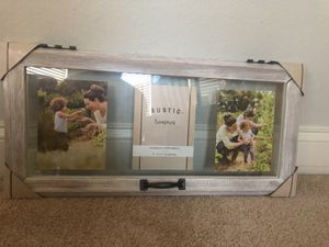 Picture frame (3 5x7) for Sale in Durham, NC