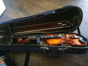 excellent child 1/4 size violin for Sale in Los Angeles, CA